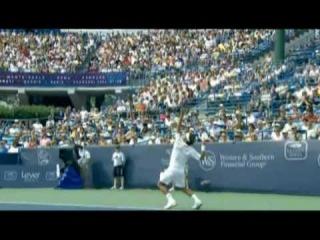 Roger Federer - Super Slow Motion Serve