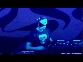 Lady Kate, Korsakoff And Art Of Fighters Live @ The Qontinent 2011