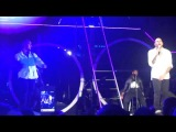Chris Brown (FAME tour 2011) танец для Келли Роуленд