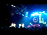 Rihanna - Pon De Replay (Video Interlude)/Don't Stop The Music/Breakin' Dishes (Adelaide, Australia, March 10, 2011)