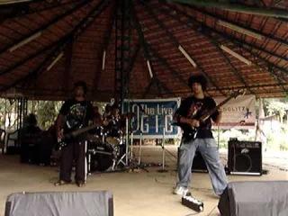 Chryseis - Choli ke peeche kaali naagin Cover \m/ Tight onstage!