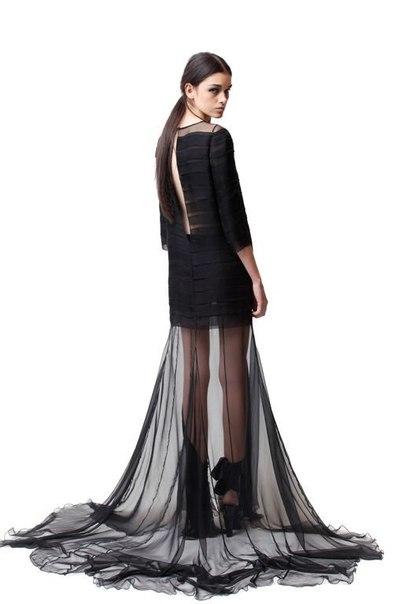 Прозрачные макси-юбки для самой яркой ночи.
