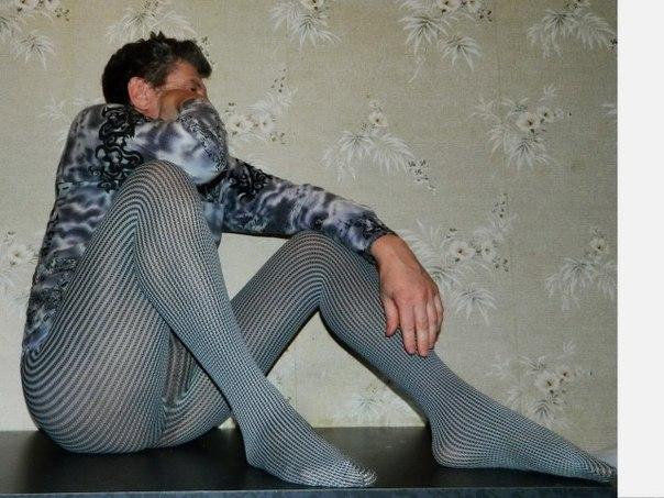 Я мужик и одеваю колготки 14 фотография