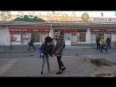 жестокая драка в самом центре вологды. две девушки сцепились не по детски.