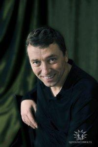 Дмитрий Коньяков