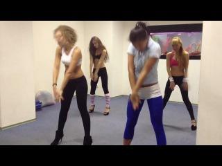 Kazaky - I'm just a dancer (voguefolk style) electronic part