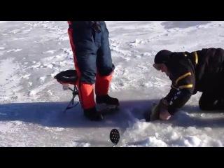 Смотреть видео про рыбалку приколы