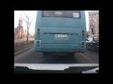 Автобус спровоцировал полёт навигатора.