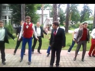 Медведев на вечере встречи выпускников