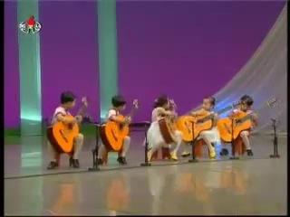 Японсие дети-гитаристы