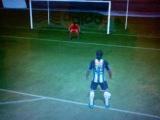 красивый гол пяткой в фифа 13, Роналдиньо!)