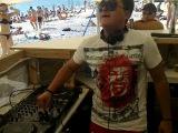 DJ ELVIS (день) Пляж№1 Евпатория лето 2011 суббота, солнце в зените, нам пох..й, мы пляшем)))