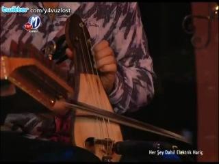 Yeni Türkü - Destina ft. Zakkum (Canlı Performans)
