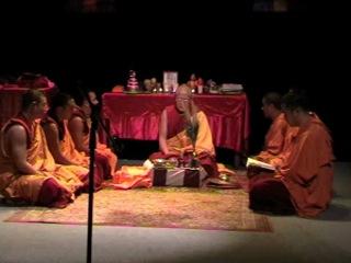 Четыре Подношения Мандалы Зеленой Таре - Монахи из Гоман Дацана - Томск 2011