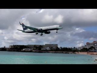 И еще одна посадка самолета на острове, в лучшем качестве))