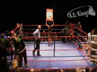 63. Рой Джонс vs Макс Александр (10 декабря 2011 г.)