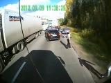 Дальнобойщики жестко наказали рэкетиров (Punished road bandits)
