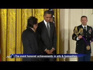 Отрывок с вручением Аль Пачино президентом США Бараком Обамой