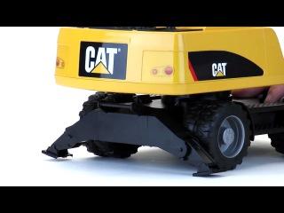 Модель колесного экскаватора Caterpillar