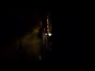 20.08.2013г.3 часа ночи,горит планета игрушек в екатеринбурге