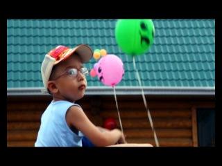Эльвин Грей (Радик Юлъякшин) на одной из летней серии дискотек