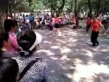 Китайская эстрада в парке