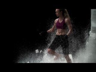 Чемпионка мира по кикбоксингу- Slow motion - вот это Женщина