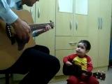 Кавер на Битлз папы и двухлетнего сына: Don't Let Me Down