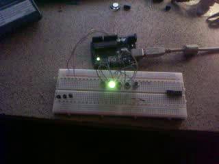 бегущий огонек (Arduino)
