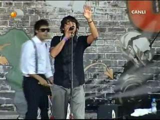 maNga - Alışırım Gözlerimi Kapamaya (Rock`n Coke - 2009)