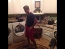 How to wop and do laundry / хех Такой хозяйственный :))