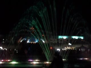 шоу поющих и танцующих фонтанов в ☀ Golden 5 City - Хургада ☀...........великолепно...........стоит увидеть в живую