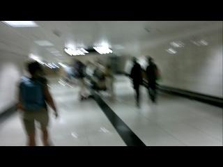 Гонки в Дели на тележках до метро