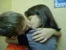 Алинка супер как она осмелилась его поцеловать!