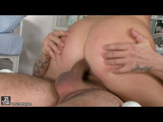 21sextury: Isabella Clark (anal sex, threesome, double penetration, blonde, big ass, big tits, creampie - hardcore porn