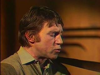 Владимир Высоцкий - Баллада О Любви (Я поля влюбленным постелю)