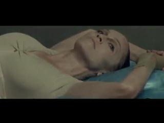 Paradise Circus (Gui Boratto Remix) // Massive Attack // Madonna::Scarlet Red