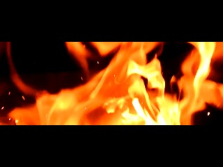 замедленная съемка огня, очень красиво)