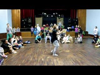 Hip-Hop Battle - 1/8 Kari & ...