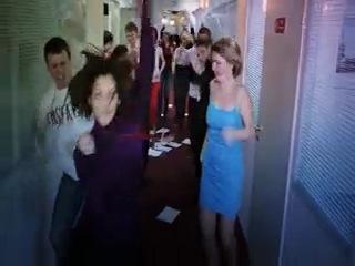 Флешмоб в офисе М. видео!
