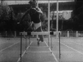 Легкая атлетика. Барьерный бег на 100м. Анализ техники