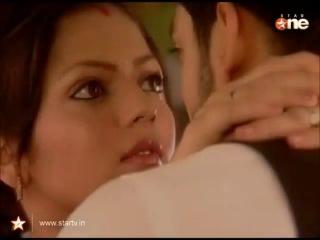 Maaneet ~ Fall Scenes After MarriageMahi Moments (1)