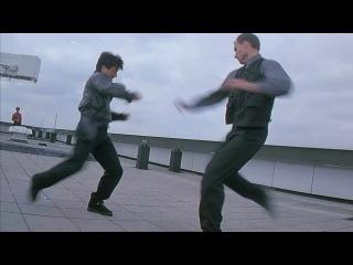 Джеки Чан - драка на крыше (из к/ф