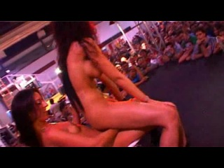 Фото и видео с порно шоу и выставок фото 661-770