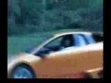Тойота Супра издевается над Ламборджини Галардо