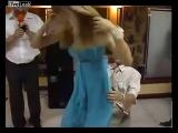 ещё один очень забавный конкурс со свадьбы))