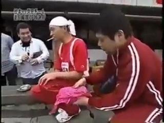Gaki no Tsukai #607 (05.05.2002) — Jump Contest