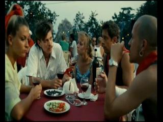 Фрагменты с фильм Шапито-шоу: Любовь и дружба — первый российский фильм, полностью снимающийся на сверхновую цифровую камеру RED