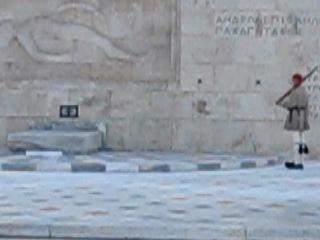 Греция 2011год,Афины.Смена почетного караула перед президентским дворцом