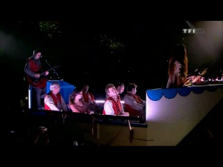 Les Enfoires 2013 - La Boîte à Musique des Enfoirés